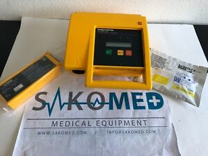 Physio Control Lp500 Biphasic Aed With New Batetry New Pad