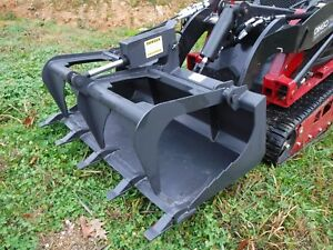 Toro Dingo Mini Skid Steer Attachment 42 Tooth Bucket Grapple Ship 149