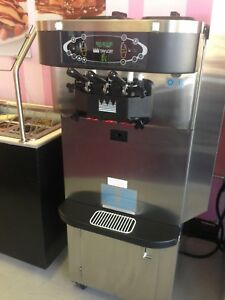 7 Air Cooled Taylor C723 33 Frozen Yogurt Soft Serve Ice Cream Machine