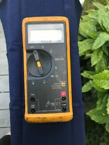 Fluke 77 Series 2 Digital Multimeter used Other With Clamps