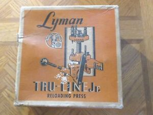 LYMAN TRU-LINE JR RELOADING PRESS WITH BOX INSTRUCTIONS AND 2 SETS OF DIES