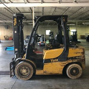 2011 Yale Glp070 Lpg Triple Stage Forklift W Side Shift Fork Positioner