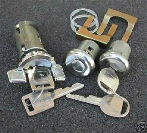 New 1982 Chevrolet Corvette Ignition Door Locks Lock