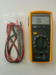 Fluke 233 a Automotive Remote Display Digital Multimeter New Test Lead Probes