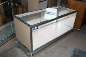 48 X 20 X 28 Tall Jewelry Display Case With Tan Sides Led Lighting