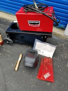 Lincoln Century 80gl Flux Cored Wire Feed Welder Includes Cart And Extras