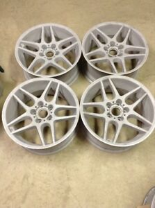 Bbs Ra 520 18x8 5 Et 18 5x120 Set Of 4 One Wheel Repaired Sandblasted