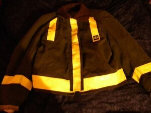 Firefighter Globe Turnout Bunker Coat 50 2x29 Black W liner Halloween Costume