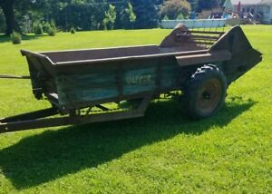 Excellent Oliver Manure Spreader Ground Drive Can Ship