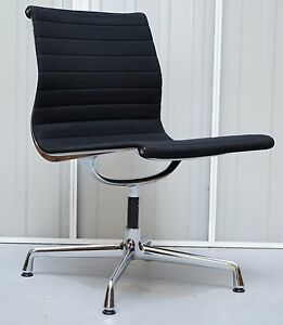 1 Of 2 Original Rrp 1295 Ea101 Vitra Eames Black Hopsak Office Conference Chair