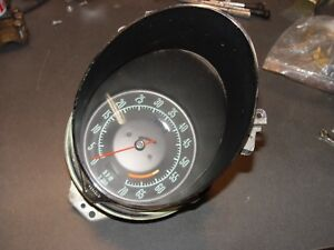 68 Corvette Tachometer Gm 6000 Rpm Red Line Green Face 327 350hp Thread On Cable