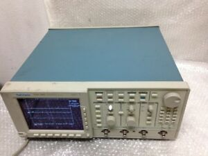 Tektronix Tds 540 Four Channel Digital Oscilloscope