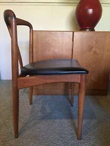 Mid Century Danish Modern Johannes Andersen Juliane Teak Side Desk Chair Uldum
