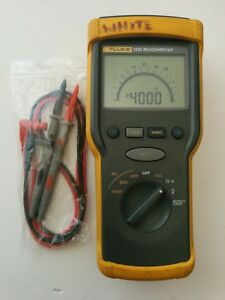 Fluke 1520 Megohmmeter Insulation Tester Multimeter New Test Lead Probes Nice