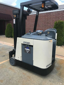 2004 Crown Rc 3020 30 Forklift Stand Up Electric Reconditioned Battery Nice