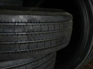 8 Tire Commercial Truck Tire 11r24 5 Koryo K216