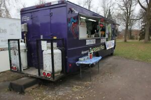 Food Truck Chevrolet 1994 P30 With 4 Fryers This Won t Stay Long 49000
