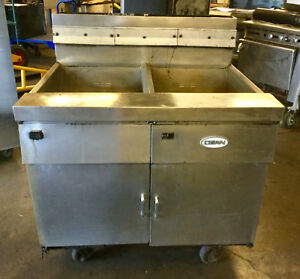 Dean 2 Bay 50 60lb Natural Gas Deep Fryer