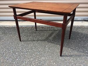 Mid Century Modern Side Table Vintage Wood Walnut Square Shelf American Made