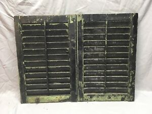 Small Pair Antique House Window Wood Louvered Shutters 25x17 Shabby Vtg 360 18e