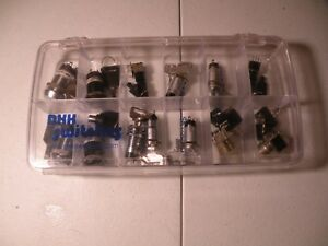 Lot Of 13 Nkk Sp3t Sealed Rotary Switches With Key Keylock High Security Nikkai