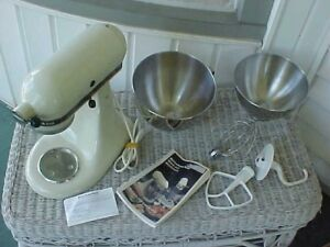 Kitchenaid Mixer 2 Bowls Paddle Whisk Hook Attachments Instruction Book