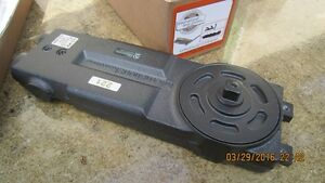 New International 221 105 Nh Overhead Door Closer Only Body Help With Jackson