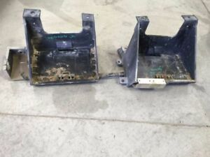 05 Dodge Ram 2500 Right Left Battery Tray 5 9l Diesel 4x2 As Shown 18065