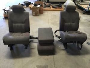 96 Dodge Ram 3500 40 20 40 Manual Cloth Bucket Seats W Center Console