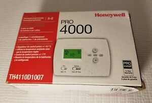 Honeywell Programmable 5 2 Day Thermostat For Heat cool Or Heat Pump Without Aux