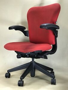 Herman Miller Office Chair Red Fabric Tilt Ajustable Made In Usa