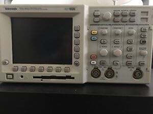 Tektronix Tds3052 2 Channel Color Digital Phosphor Oscilloscope 500mhz 5gs s