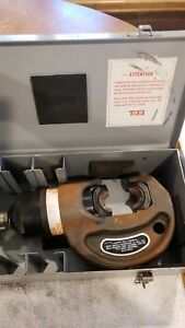 T b Thomas Betts Tbm 15pf Hydraulic Crimper Crimping Tool W Case 3 Die Sets