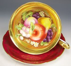 Japan Gold Hand Painted Fruits Wide Mouth Footed Tea Cup Saucer Teacup