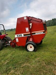 Hesston 530 Round Baler Very Clean size 4x4 5 Can Ship Cheap