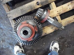 1969 Farmall 656 Gas Farm Tractor Differential Assembly