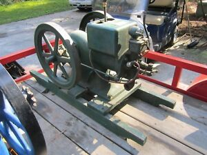 1928 Mccormick Deering 1 1 2 Hp Engine Hit Miss