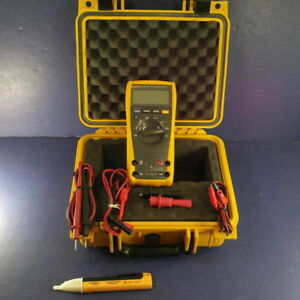 Fluke 177 Trms Multimeter Excellent Hard Case Accessories