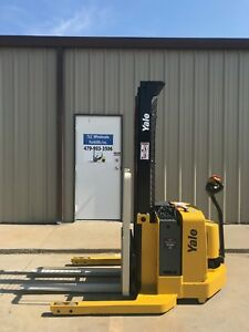 2006 Yale Walkie Stacker Walk Behind Forklift Straddle Lift Only 3541 Hours