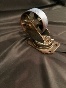 1 Antique Vintage 5 Wheels Used Pre owned Industrial Swivel Plate Caster