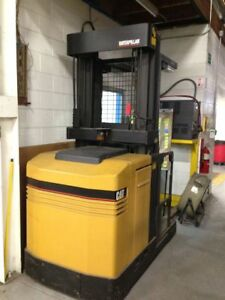 Caterpillar Nor30p 3 000 Lbs Electric Order Picker
