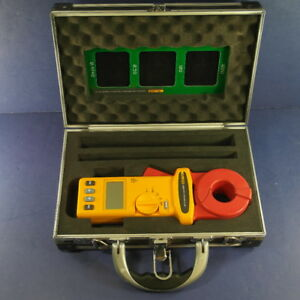 Fluke 1630 Earth Ground Clamp Excellent Condition Case