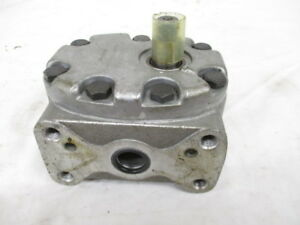 International Harvester Hydraulic Pump 389114r92