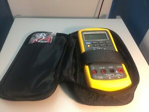 Fluke 87 True Rms Multimeter calibrated W New Leads Case