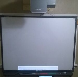 Smart Board Sb560 60 Uf75 Projector Interactive Whiteboard Free Delivery