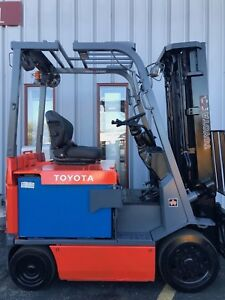 Free Freight 2010 Toyota 7fbchu25 5000lb Electric Forklift