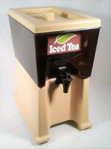 Vintage Rubbermaid Commercial Products Counter Top 3 Gallon Ice Tea Dispenser