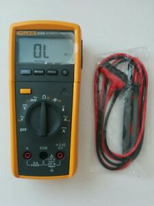 Fluke 233 a Automotive True Rms Remote Display Digital Multimeter Test Leads