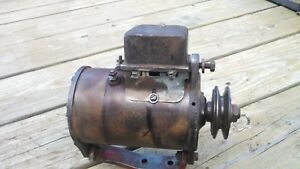 Farmall Cub Generator With Mounting Backet Voltage Regulator