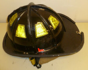 Firefighter Bunker Turn Out Gear Cairns 1010 Black Helmet Reflector H172